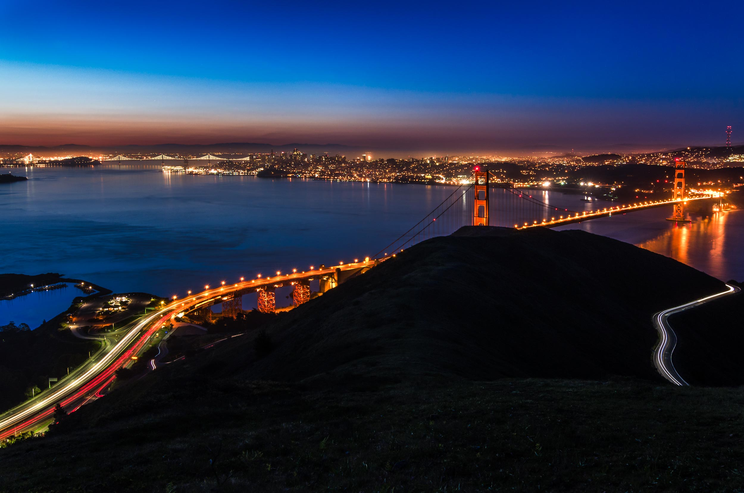 stunning san francisco skyline locations hawk hill