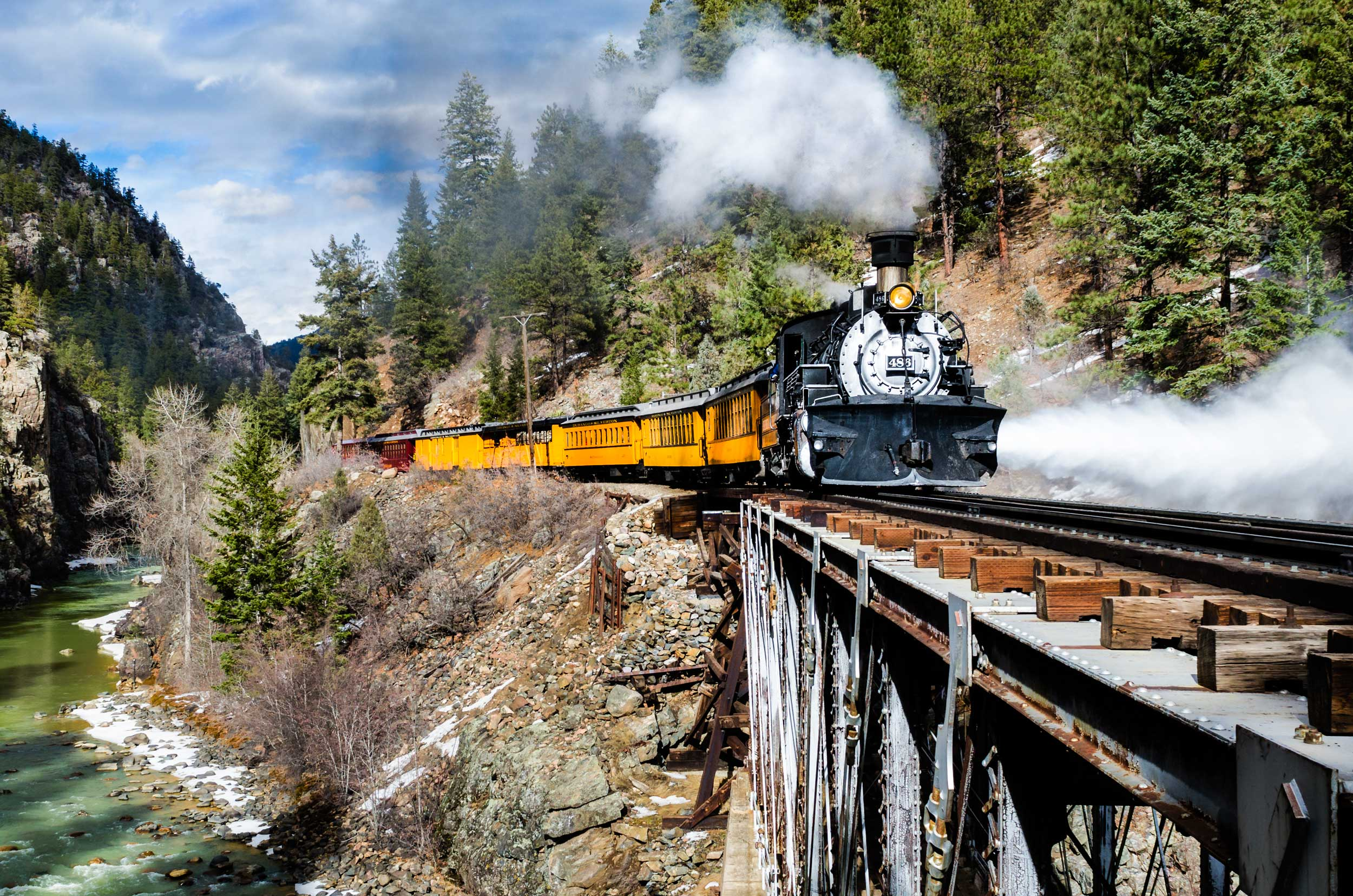photo of durango silverton narrow gauge railroad